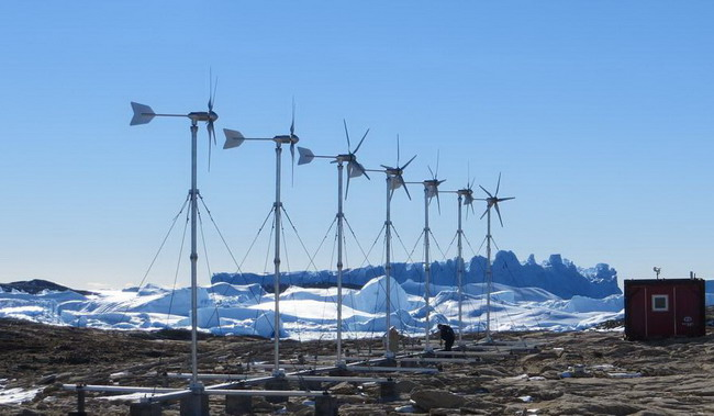 7 HY-3000 Wind Turbine Served at China Antarctica Research Base Camp